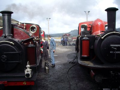 Locomotive cleaning, an important task before any loco leaves the engine shed
